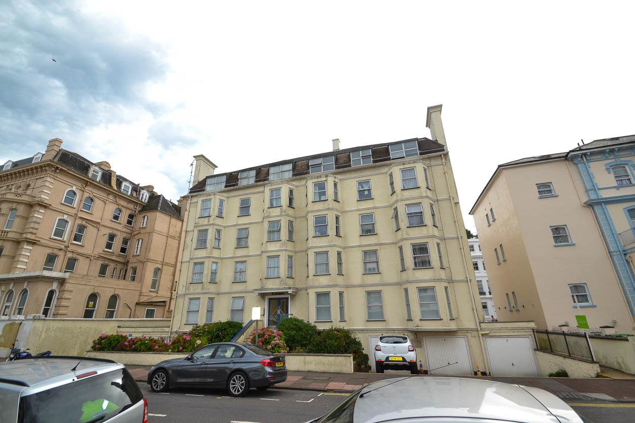 1 Bedroom Flat for sale in Trinity Place, Eastbourne
